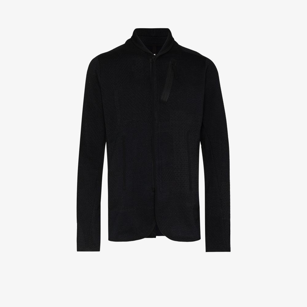 Black Single-Breasted AO2 Blazer