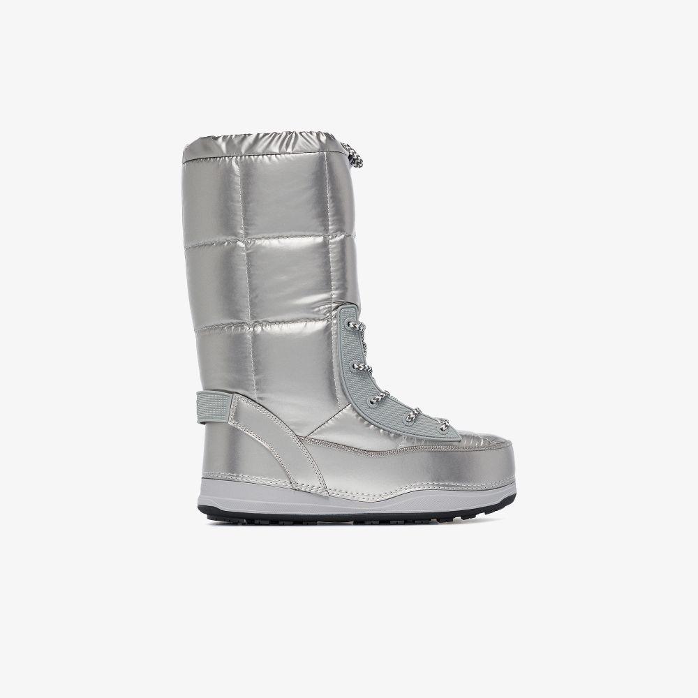 Silver Tone Les Arcs Snow Boots