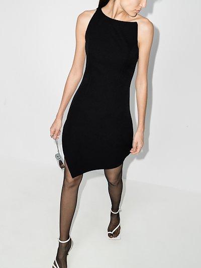 Motion asymmetric dress