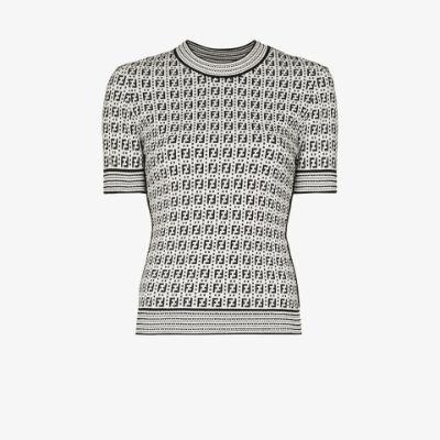 FF pattern woven top