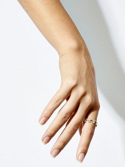 18K yellow gold Hanging Kismet diamond ring
