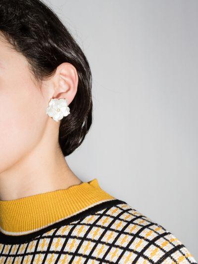 white Zia mother of pearl flower earrings