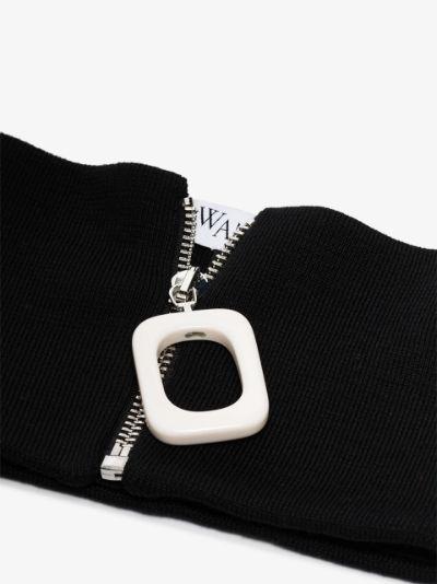 zip fastening neckband