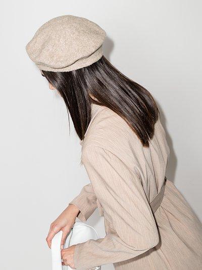 beige Horizontal beret
