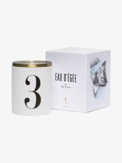 white Eau d'Égée No.3 candle