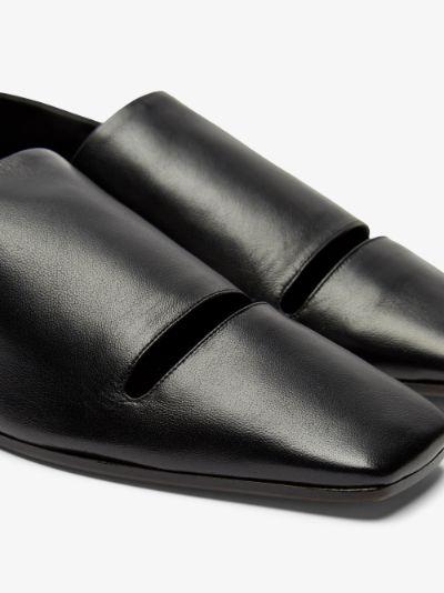 Black Double Function leather pumps