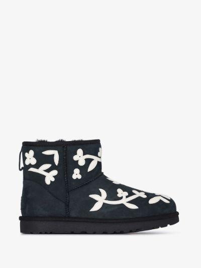 X UGG black classic mini boots