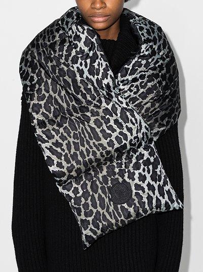grey leopard print padded scarf