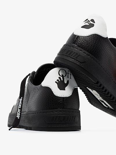 black Arrows 2.0 low top leather sneakers