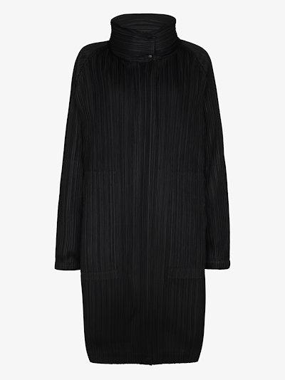 reversible plissé puffer coat