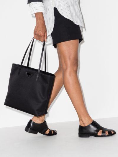 Black shopping tote bag