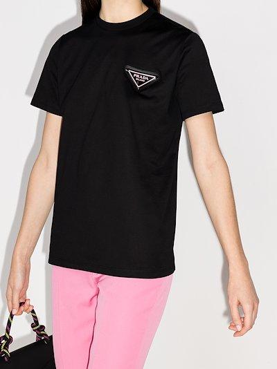 Crew neck triangle logo T-shirt