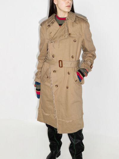 tie-fastening trench coat