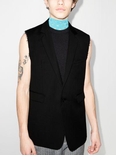 sleeveless wool blazer