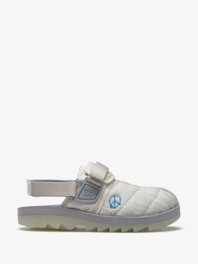X STORY mfg. grey Beatnik sandals