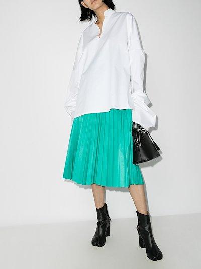 Elongated sleeve blouse