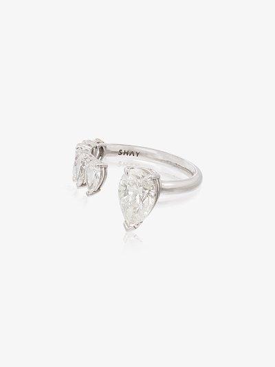 18K white gold floating pear diamond ring