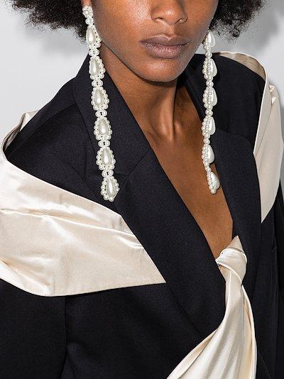 White Drip pearl earrings