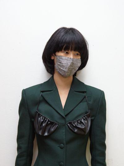multicoloured pintuck silk face mask