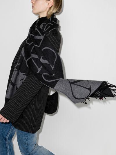 grey VLOGO Signature reversible scarf
