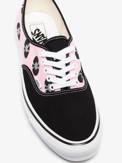 X Wacko Maria Black And pink UA OG Authentic LX Printed Sneakers