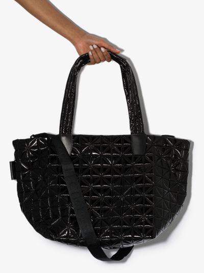 black Vee medium tote bag