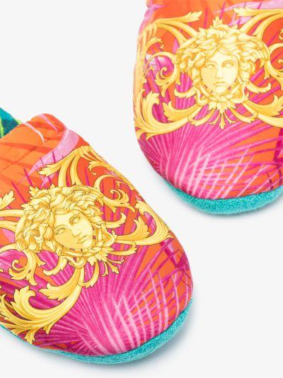 Multicoloured Jungle print slippers